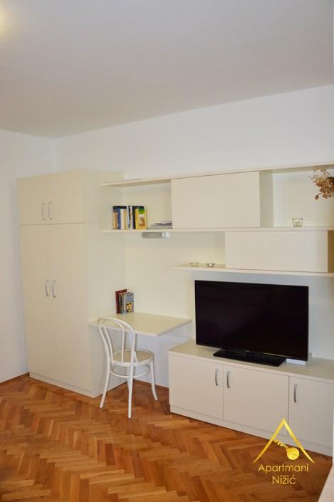 preko,apartmani,nižić, smještaj,ugljan,apartman nižić,rezervacija,zadar,trajekt,nina